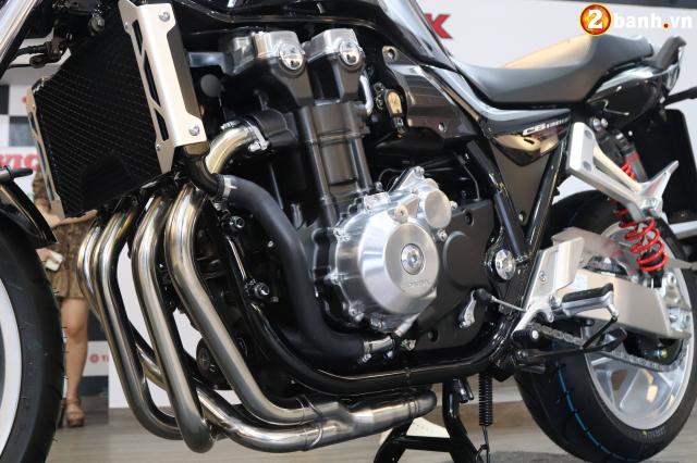 Huyen thoai Honda CB1300 Super Four phien ban ky niem 25 nam cap ben tai Viet Nam - 15