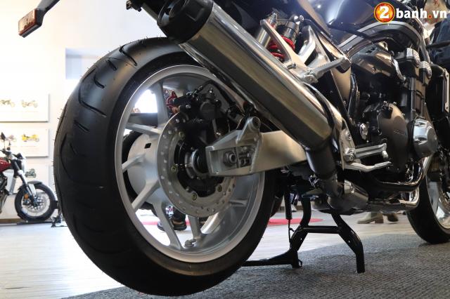 Huyen thoai Honda CB1300 Super Four phien ban ky niem 25 nam cap ben tai Viet Nam - 19