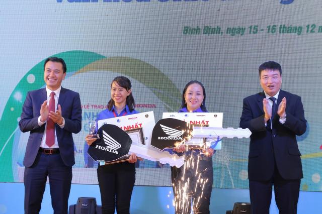 Vong chung ket va le trao giai cuoc thi Thanh nien voi Van hoa giao thong nam 2018 - 6