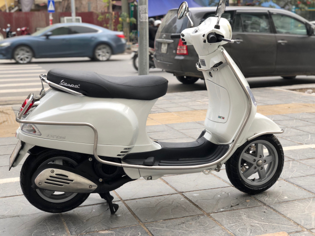 ban LX125 nhap y italia 2017 btp 29Y 57929 mau Trang 25 trieu xe mau trang chinh chu nu dang dung - 5