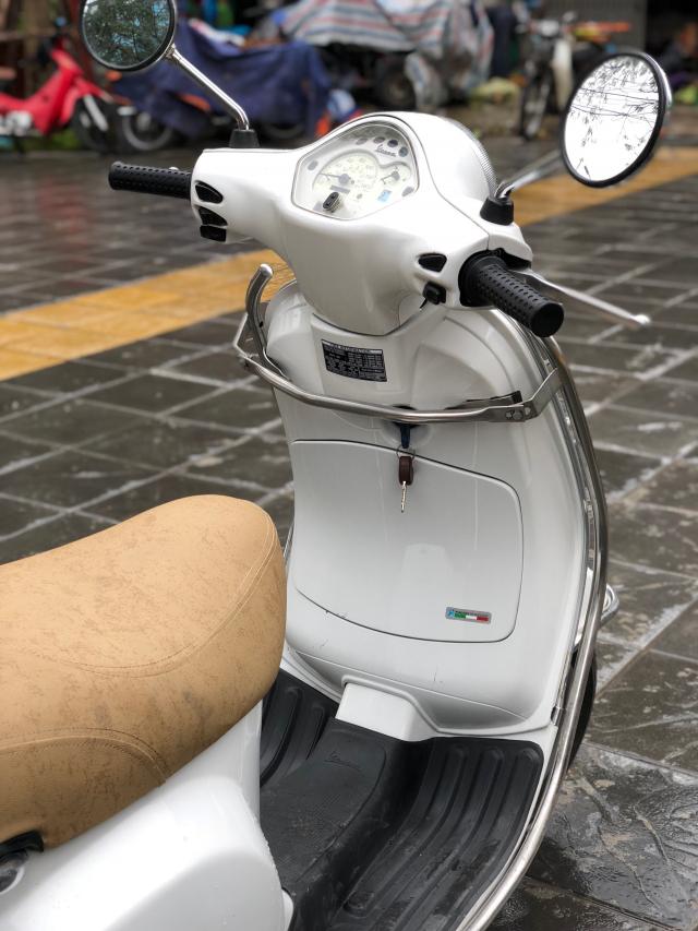 Ban Vespa LX125 chau au Xe Hai Quan 2008 Trang gia 16tr500 chinh chu gd di giu rat moi - 2