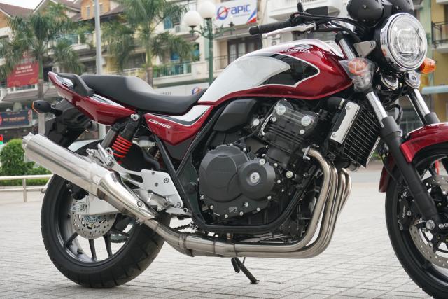 Ban xe Honda CB400SF tai Motorrock Lien he 0906990538