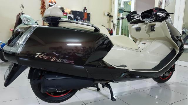 Ban Yamaha Maxam CP250Phi thuyen tren canHQCNSaigon52015 - 20