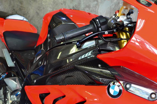 BMW S1000RR khung bo nguoi xem voi nang cap tuyet doi - 6