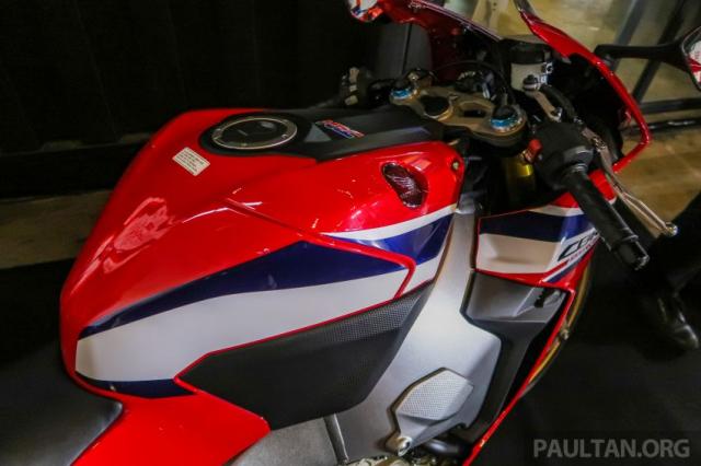Can canh Honda CBR1000RR SP CB1100RS duoc ra mat thi truong Malaysia voi gia re hon tai Viet Nam - 9