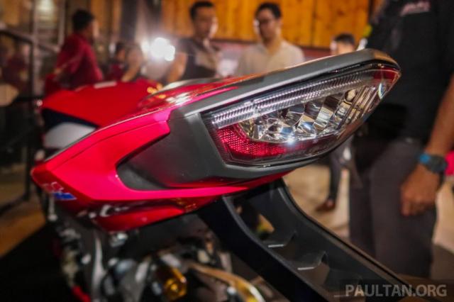 Can canh Honda CBR1000RR SP CB1100RS duoc ra mat thi truong Malaysia voi gia re hon tai Viet Nam - 11