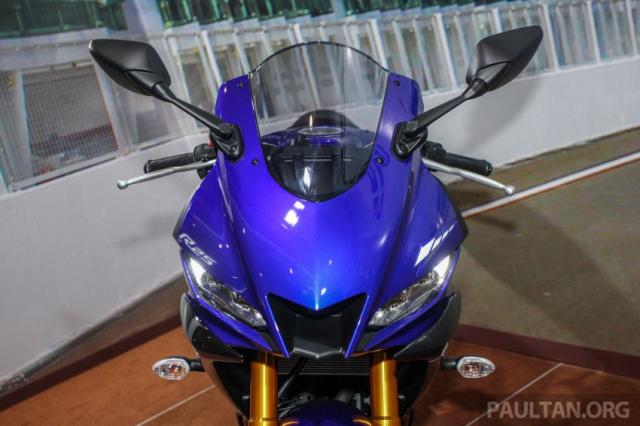 Can canh Yamaha R25 2019 vua chinh thuc ra mat tai Malaysia - 11