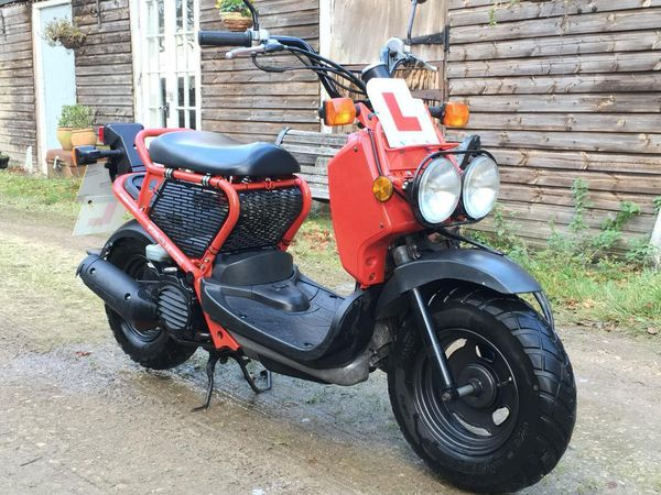 Chon mua ngay Honda Zoomer 50cc cu co bao hanh tai Xe Nhat Doc - 2