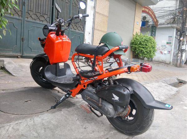 Chon mua ngay Honda Zoomer 50cc cu co bao hanh tai Xe Nhat Doc - 4