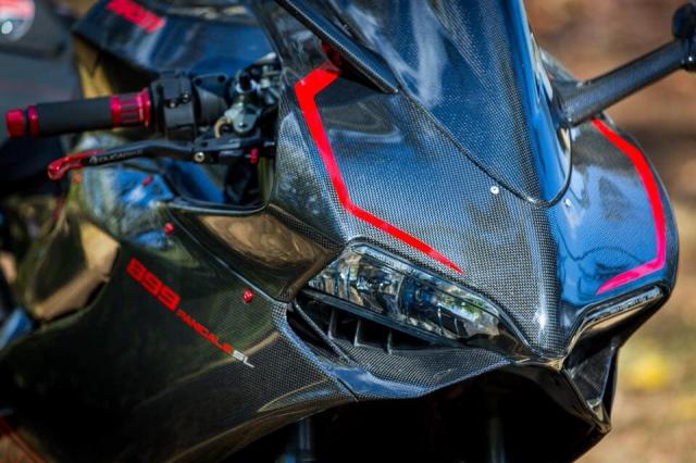 Ducati 899 Panigale ban do sieu cap mang trong minh bo giap Full Carbon fiber