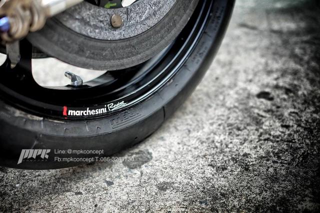 Ducati V4S Panigale do sieu tuong voi dan trang bi khung khiep - 10