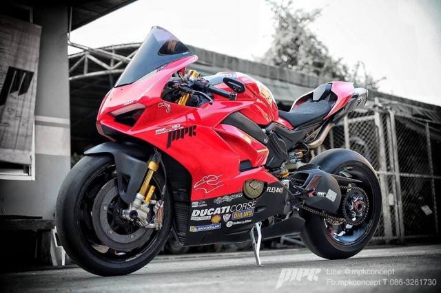 Ducati V4S Panigale do sieu tuong voi dan trang bi khung khiep - 16