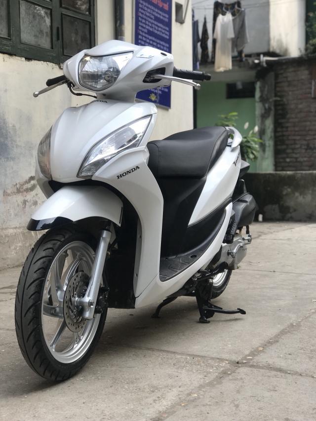 Honda Vision phien ban mau Trang 2013 - 3