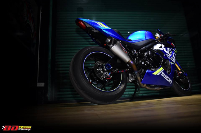 Suzuki GSXR1000 chan dung ban do chat choi den tu BD Speed Racing - 18