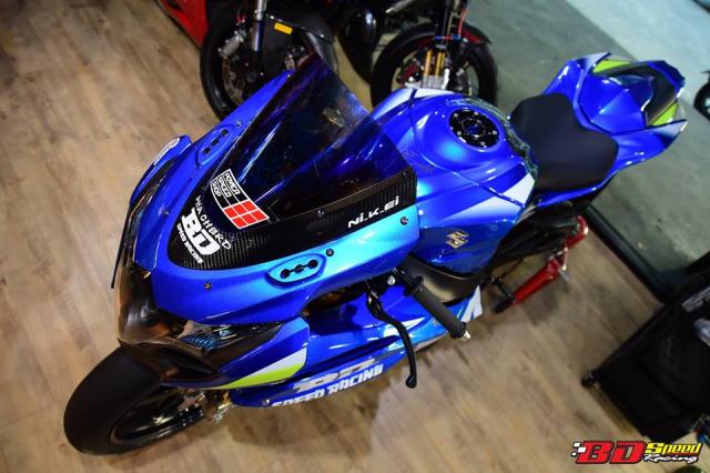 Suzuki GSXR1000 hung than Dragbike thay doi ngoan muc voi dan chan BST Carbon cao cap - 4