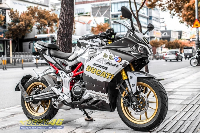 Tem trum Demon Ducati mini nhom tai Decal 46 - 3
