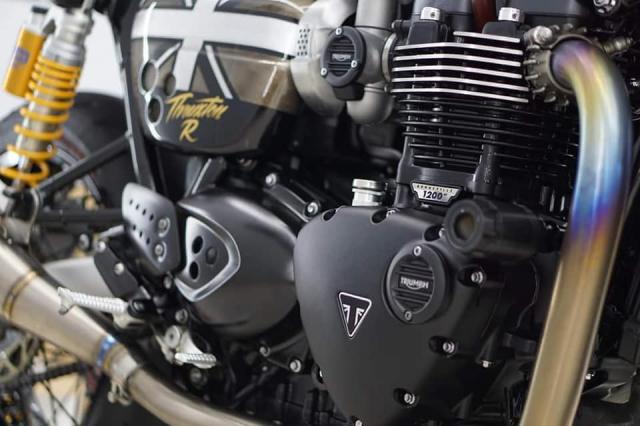 Triumph Thruxton R do ngoan muc voi mau ao Vuong Quoc Anh - 11