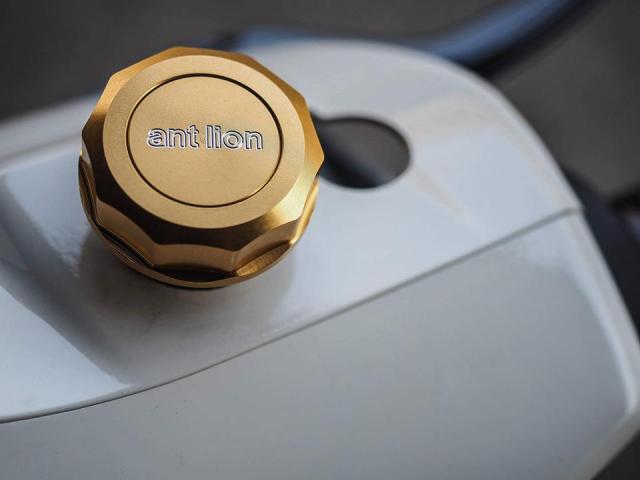Vespa GTS300 do hoan thien voi trang bi full option dinh dam - 6