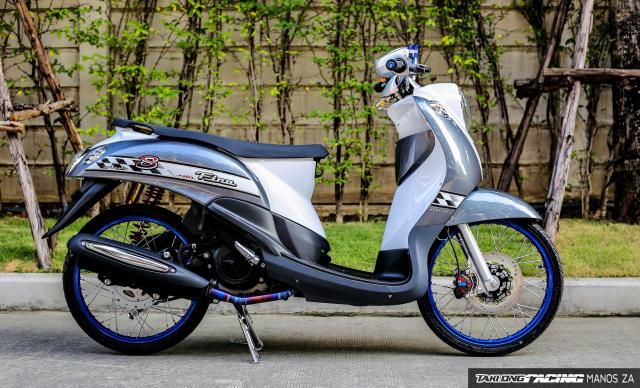 Yamaha Fino do mang doi chan toc bien day kinh dien tren dat Thai - 3