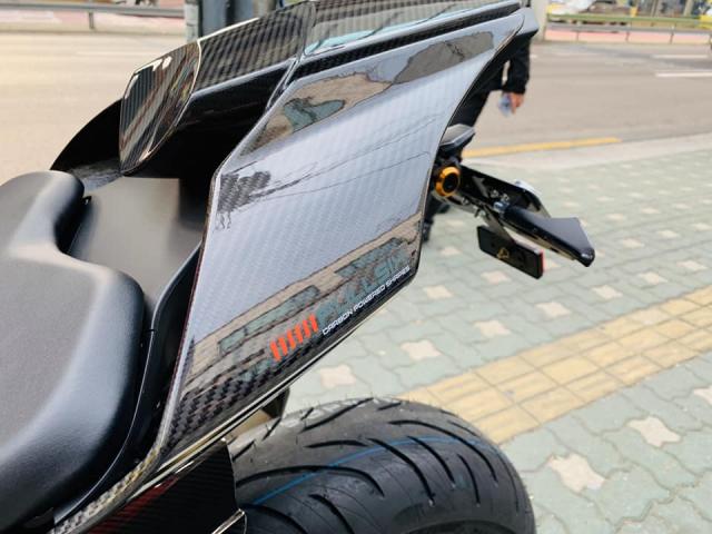 Yamaha R1 phien ban Ca Tre hoa cuong voi dan do cuc chat - 8