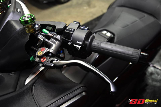 Yamaha Tmax530 do full option day chat choi voi dien mao hoan hao - 7