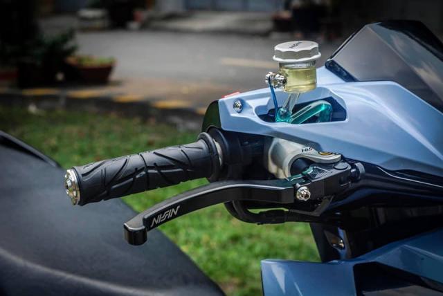 Air Blade 125 do xuong dan chan muot nhu Ngoc Trinh cua biker Sai Gon