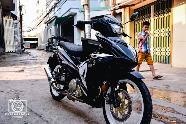 Exciter 150 do cuc chat mo phong phong cach choi xe Malaysia - 3