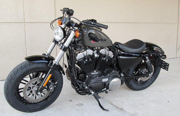 Can ban HarleyDavidson Softail Breakout 114 FXBRS - 3