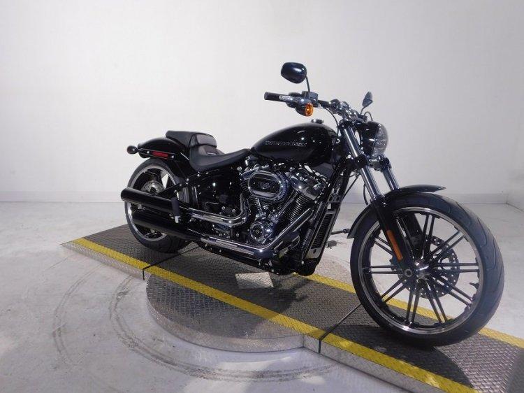 Can ban HarleyDavidson Softail Breakout 114 FXBRS - 4