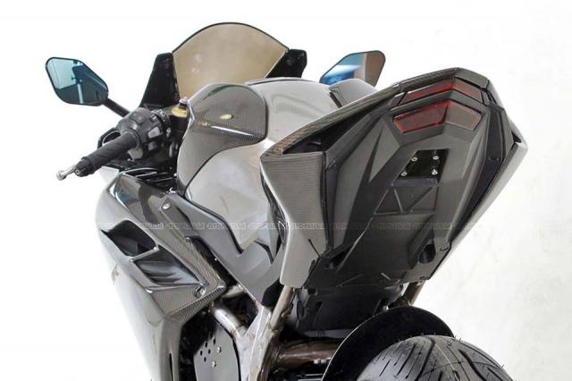 Honda CBR250RR do doc nhat vo nhi voi dan chan gap don Special - 5