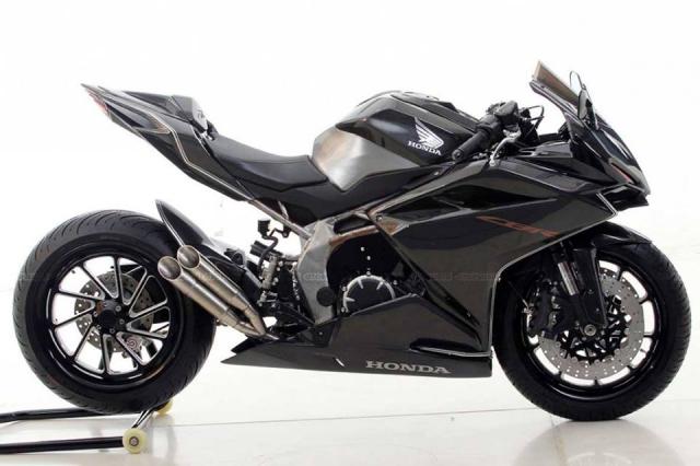 Honda CBR250RR do doc nhat vo nhi voi dan chan gap don Special - 7