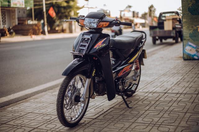 Honda wawe cua hoc sinh den tu Tay Nguyen