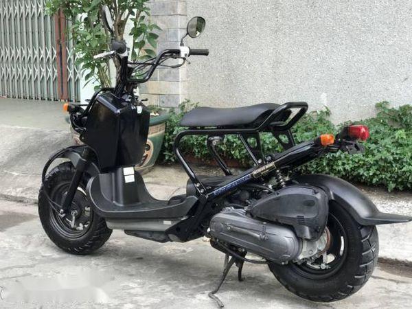 Honda Zoomer 50cc Phong cach noi loan pha vo moi quy chuan ve kieu dang cua dong xe 50cc - 3