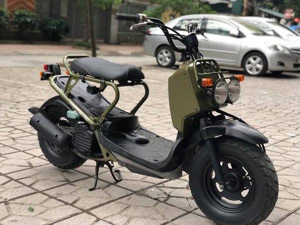 Honda Zoomer 50cc Phong cach noi loan pha vo moi quy chuan ve kieu dang cua dong xe 50cc - 2