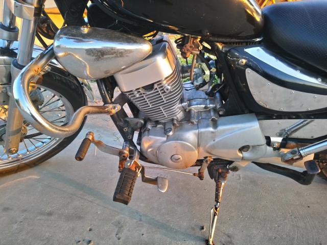 SYM Husky 150 cc - 4