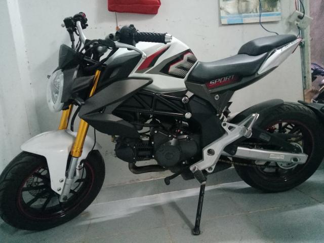 Xe Moto Con Ducati xe moi mua moi di duoc 900km