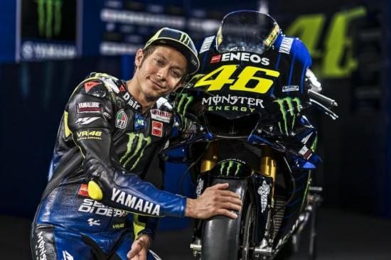 Yamaha M1 2019 Monster Energy Quai vat moi cua doi Yamaha chinh thuc trinh lang - 9