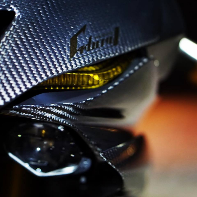 Yamaha R6 do Man nhan voi body full Carbon hiem thay - 4