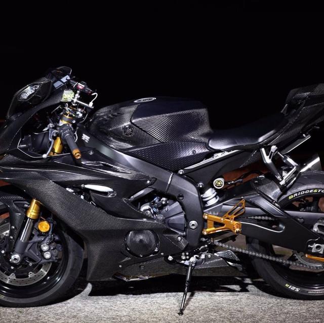 Yamaha R6 do Man nhan voi body full Carbon hiem thay - 6