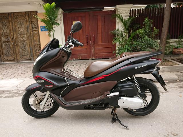 Ban Honda Pcx 2012 den nham chinh chu dang dung rat tot