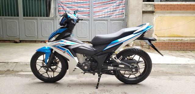 Ban xe Winner 2018 ODO 1000km Xanh Trang - 3