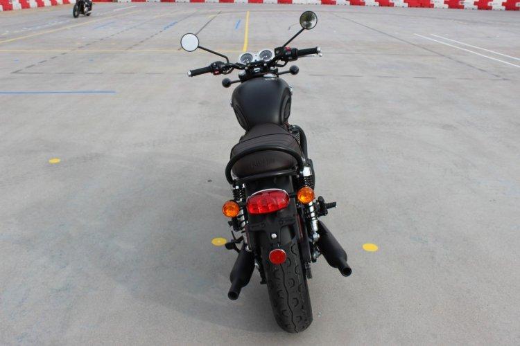 Can ban Triumph BONNEVILLE T120 BLACK 2018 nguyen ban - 3