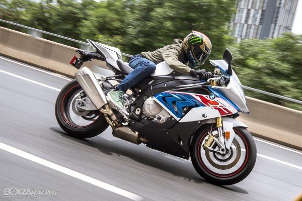 Danh gia BMW S1000RR 2019 mot trong nhung Superbike thu vi nhat trong phan khuc - 3