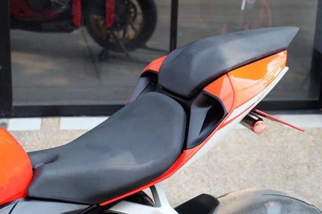 Ducati Panigale 899 do sieu ngau va day hap dan voi phong cach SuperLeggera - 6