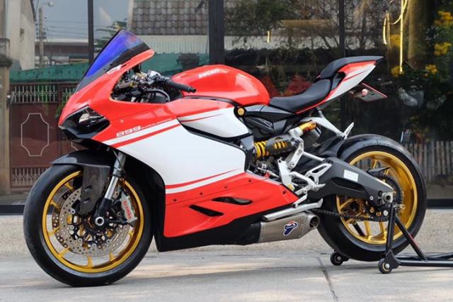 Ducati Panigale 899 do sieu ngau va day hap dan voi phong cach SuperLeggera - 8