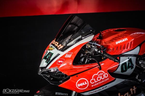Ducati Panigale 899 len tem Arubait phong cach WSBK