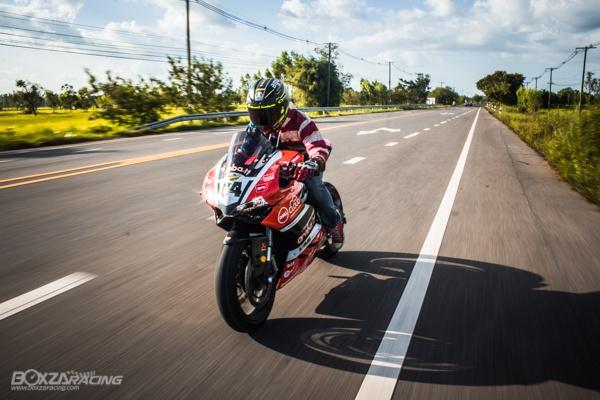 Ducati Panigale 899 len tem Arubait phong cach WSBK - 10