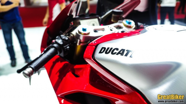BIMS 2019 Gia xe Ducati V4 R tai thi truong Dong Nam A vua duoc cong bo - 8