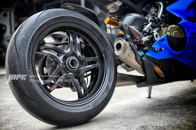 Ducati Panigale V4S New Blue do doc nhat tu truoc den nay