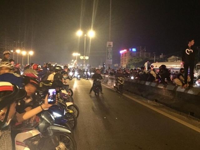 Hang tram quai xe nao loan QL 51 trong le hoi Dinh Co tai Vung Tau - 3